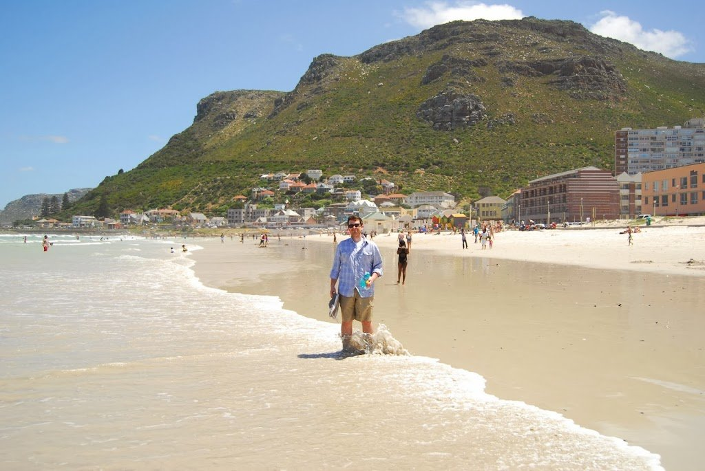 A Duck's Oven: Our visit to Muizenberg Beach just outside of Cape Town, South Africa