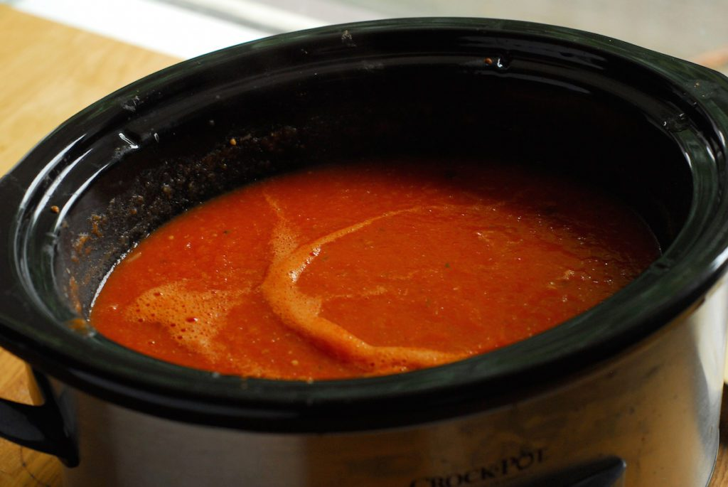 Pureed tomato soup in crock pot