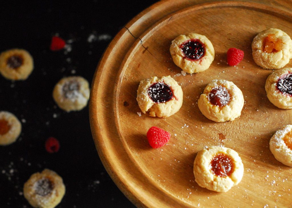 Mix and Match Thumbprint Cookies from A Duck's Oven. Easy to make buttery cookies with seasonal fillings, great for the holidays or any time of year!